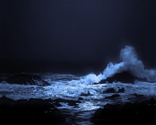 Uculet Wave at Night - Craig Carmichael